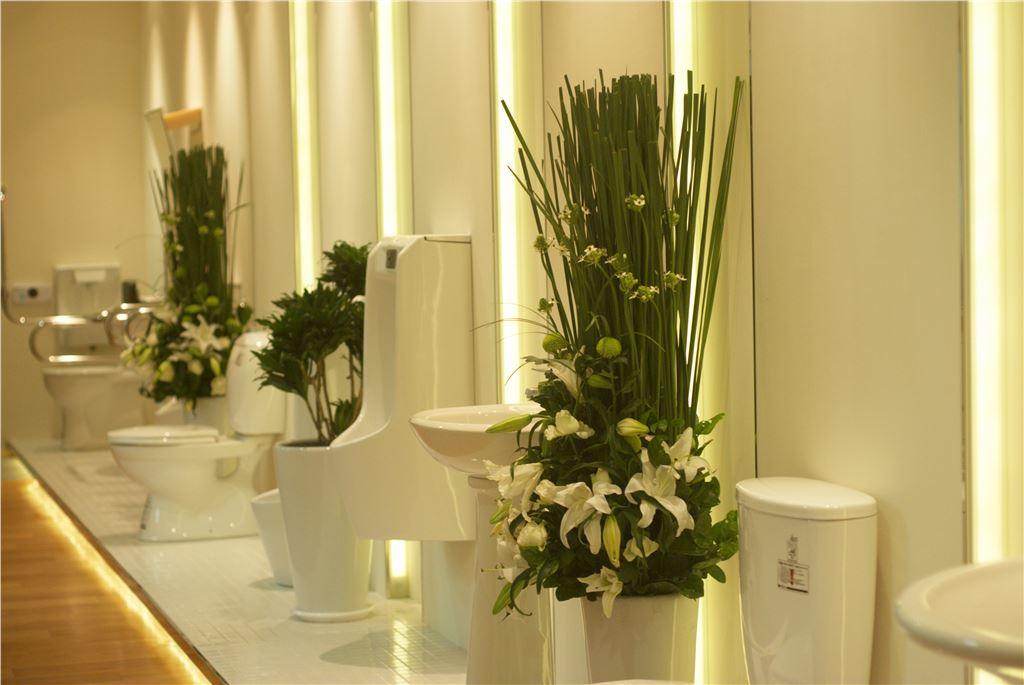 衛浴公司開幕會場